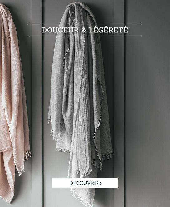 Douceur & légèreté | Succombez à notre plaid tissé teint Loulou, couleur flanelle