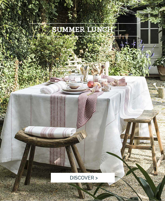SUMMER LUNCH | Succomb to our beautiful tablecloth Amalfi, high quality table linen