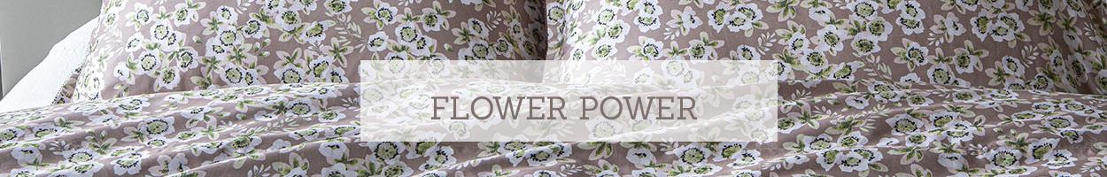 Flower theme, bed linen with floral motifs