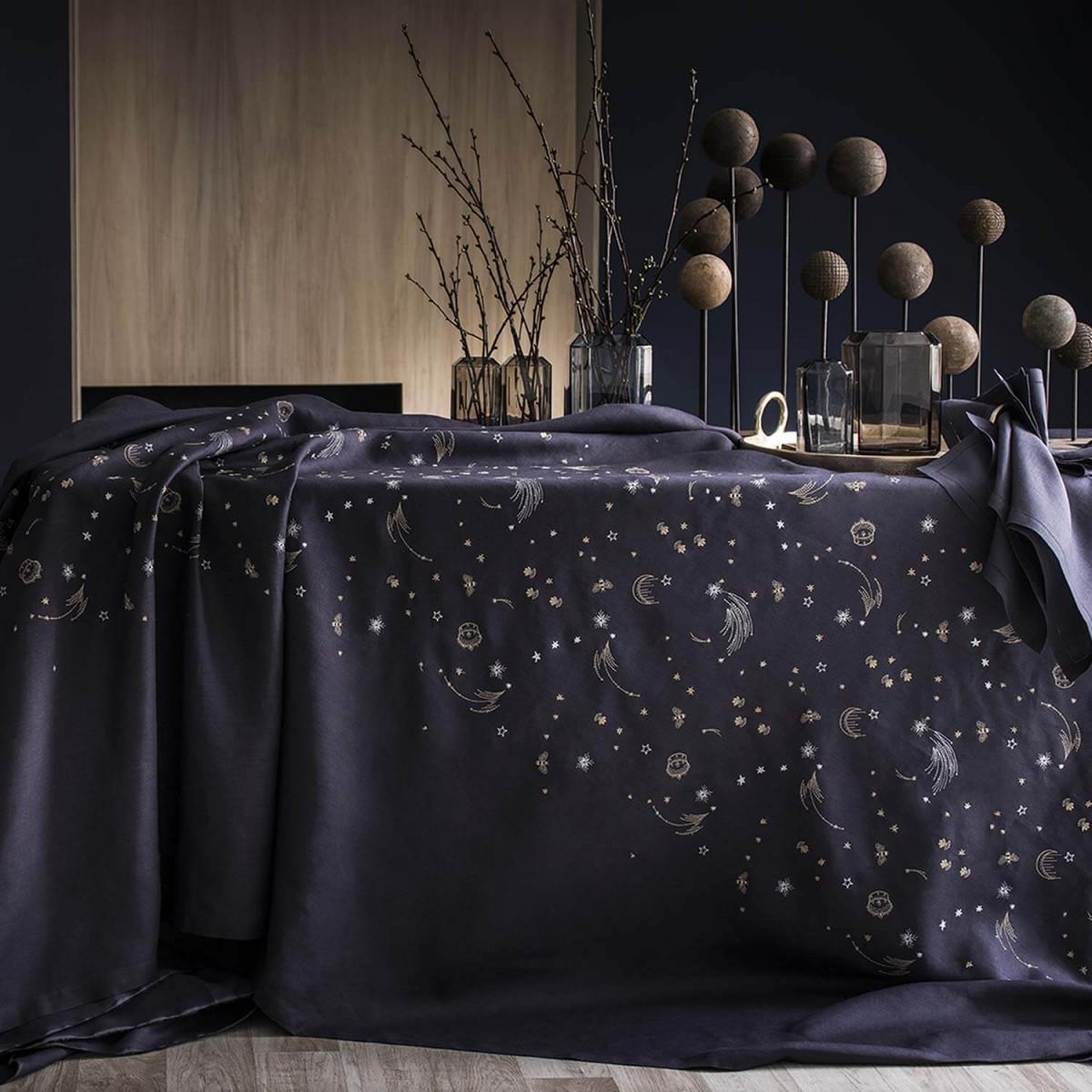 ensemble de linge de table astro lab alexandre turpault. Black Bedroom Furniture Sets. Home Design Ideas