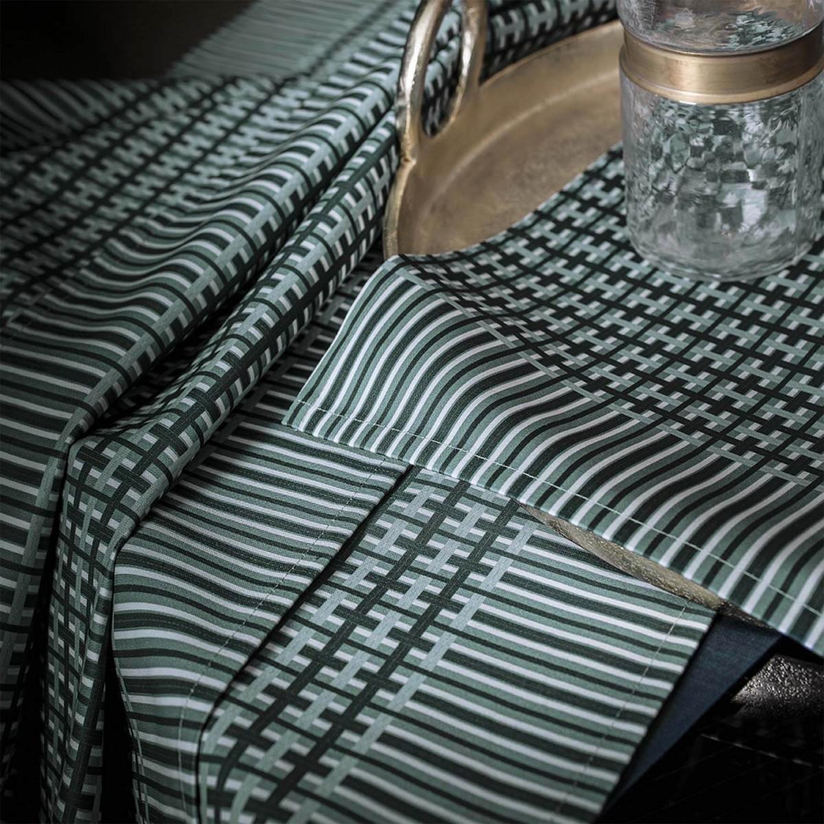 set de table honor alexandre turpault. Black Bedroom Furniture Sets. Home Design Ideas