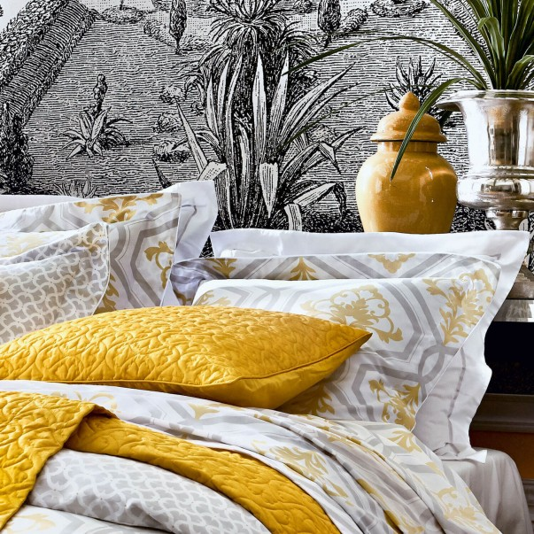 PARADIS Quilted cushion cover