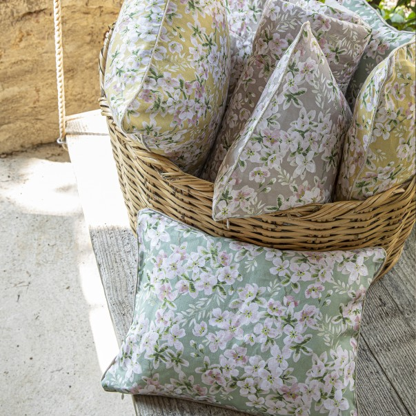 BLOOM Cushion case in printed linen