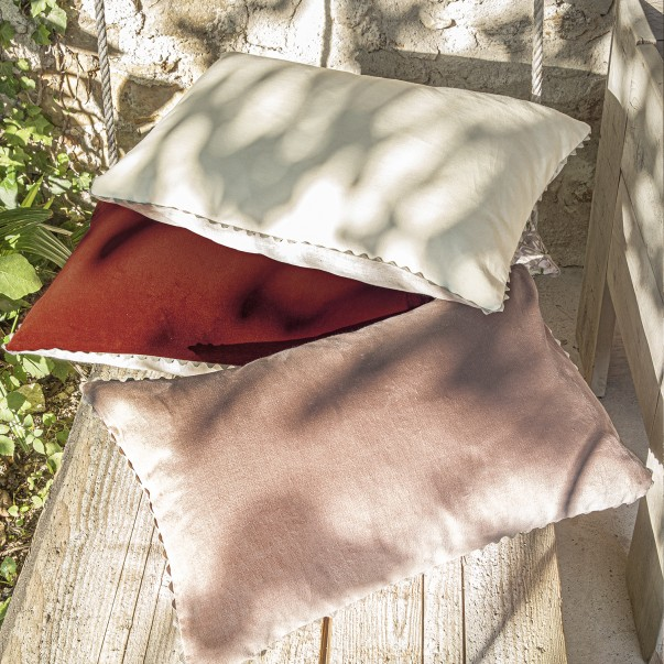VELIN Cushion case in plain cotton velvet and natural linen - Upcycling