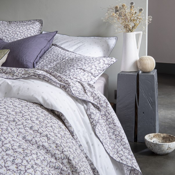 """SOUS-BOIS Bed set in organic cotton percale printed """"Art deco leaves and ikat patterns"""""""