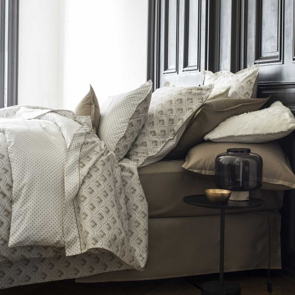 PHOENIX Bed Set