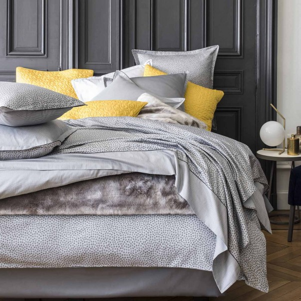 STELLAIRE Bed Set